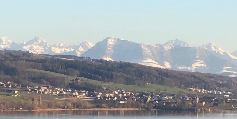 Aussicht See und Berge