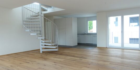 Erstvermietung Unterkulm, attraktive 4.5 Zimmer Maisonette-Wohnung